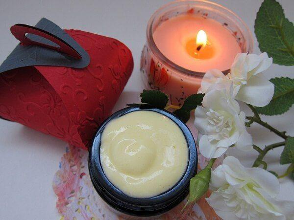 Cream Gift Box
